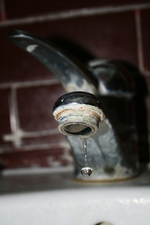 faucet-1575418_960_720